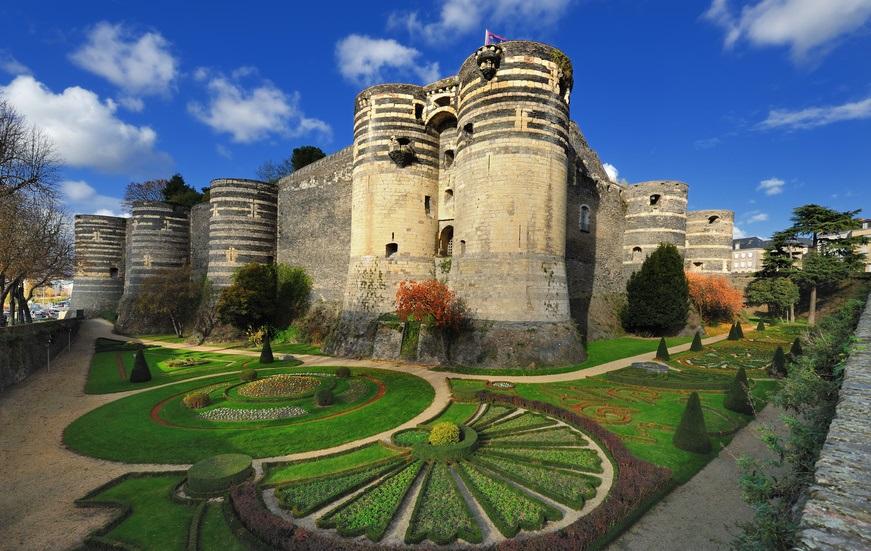 Angers (Анже), Франция - достопримечательности, путеводитель по городу, Замок Анже